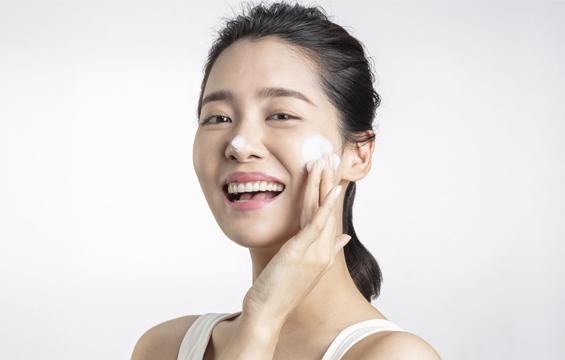 dermatologists-reveal-mobile-1.jpg
